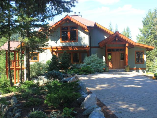1520 HEFFLEY-LOUIS CREEK RD, Kamloops, 3 bed, 3 bath, at $1,490,000