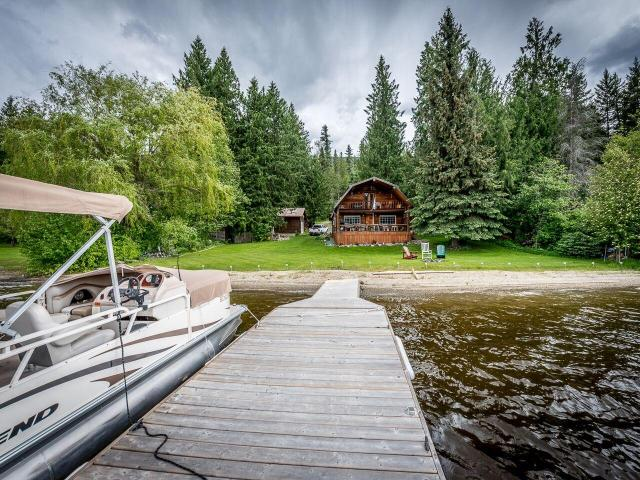 5573 EAST BARRIERE LAKES ROAD, Barriere, 1 bed, 1 bath, at $959,900
