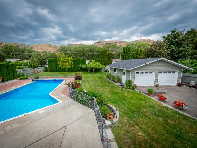 2510 BRIARWOOD AVE, Kamloops, 4 bed, 3 bath, at $524,900