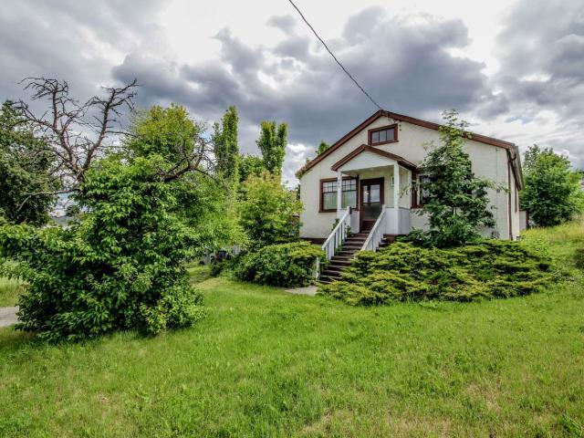 739 BATTLE STREET W, Kamloops, 4 bed, 2 bath, at $349,500