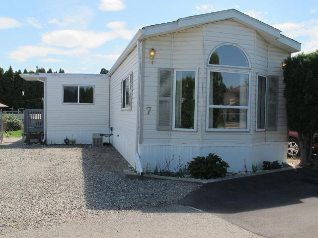 2805 WESTSYDE ROAD, Kamloops, 2 bed, 1 bath, at $139,900