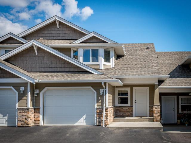 1885 GRASSLANDS BLVD, Kamloops, 3 bed, 4 bath, at $399,900