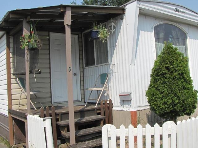 201 LARKSPUR STREET, Kamloops, 2 bed, 1 bath, at $31,000