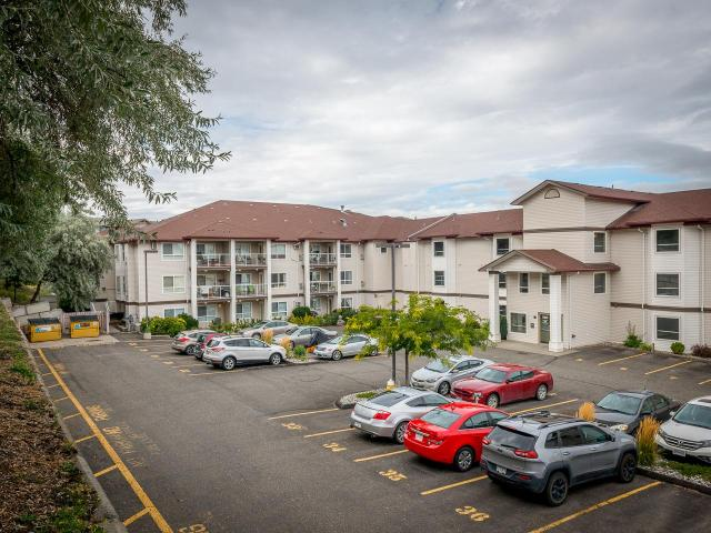 1120 HUGH ALLAN DRIVE, Kamloops, 1 bed, 1 bath, at $222,900
