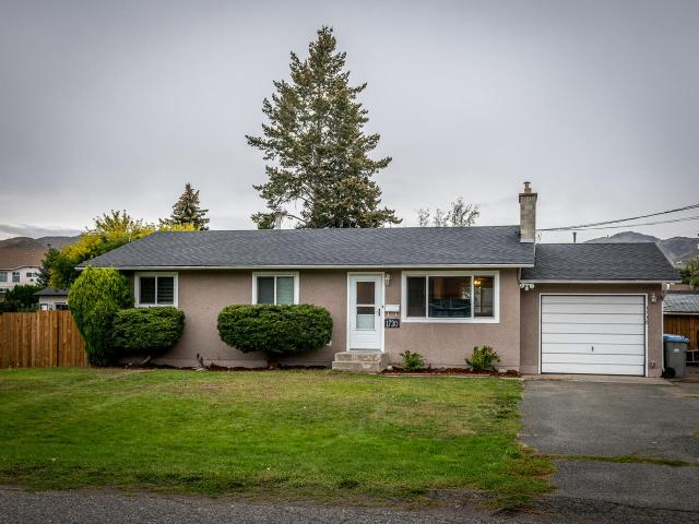 1730 DELNOR CRES, Kamloops, 3 bed, 2 bath, at $449,900