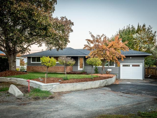 1845 HYCREST PLACE, Kamloops, 4 bed, 2 bath, at $489,900