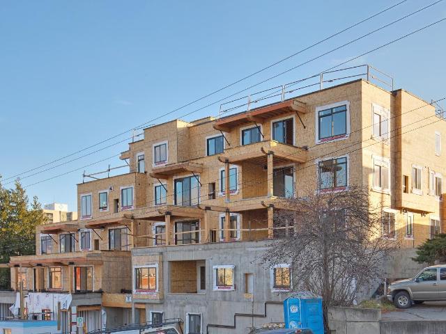 227 BATTLE STREET, Kamloops, 2 bed, 2 bath, at $479,900