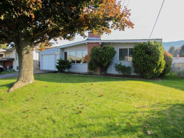 1851 TRANQUILLE ROAD, Kamloops, 3 bed, 3 bath, at $399,900
