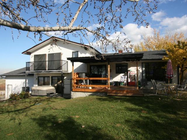 2093 MARTIN PRAIRIE ROAD, Kamloops, 4 bed, 3 bath, at $619,000