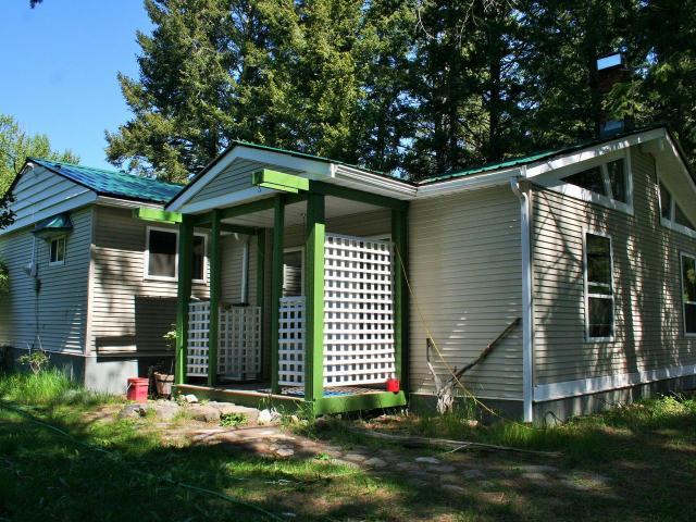 4265 PAXTON VALLEY ROAD, Kamloops, 3 bed, 1 bath, at $429,000