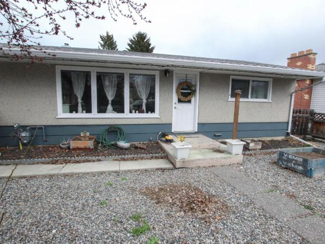 841 CAROLINE STREET, Kamloops, 3 bed, 2 bath, at $409,900