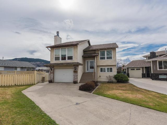 1431 WOODSTOCK PLACE, Kamloops, 3 bed, 3 bath, at $489,900