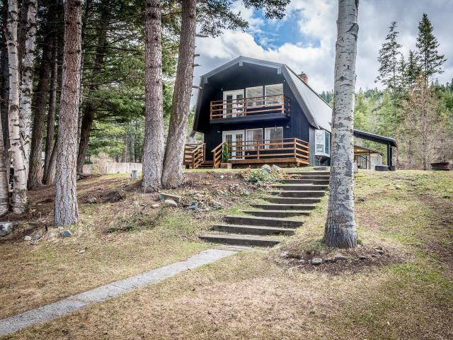 4146 PAXTON VALLEY ROAD, Kamloops, 3 bed, 2 bath, at $449,900