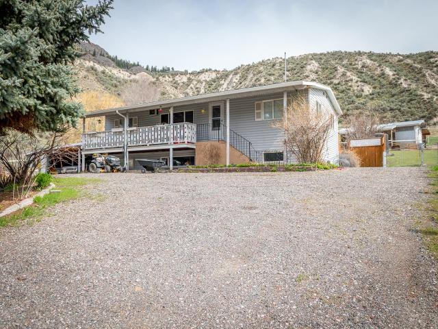4001 SHUSWAP ROAD E, Kamloops, 4 bed, 3 bath, at $519,900