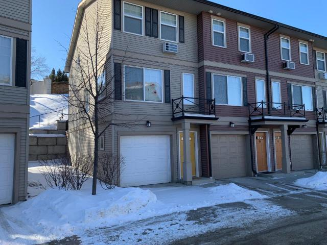 1970 BRAEVIEW PLACE, Kamloops, 3 bed, 2 bath, at $324,900