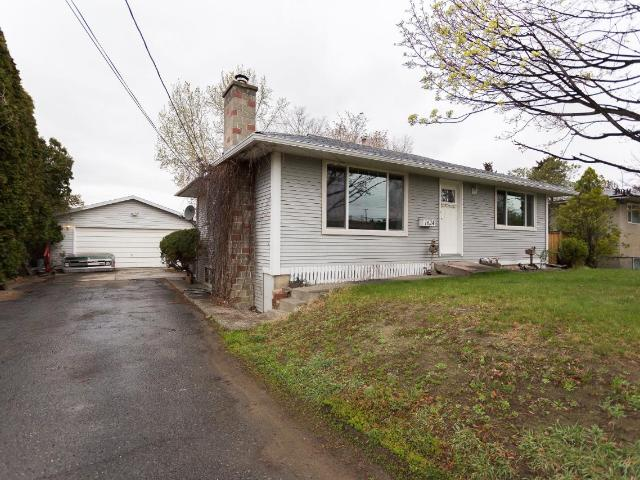 1624 GOODWIN AVE, Kamloops, 4 bed, 2 bath, at $479,900