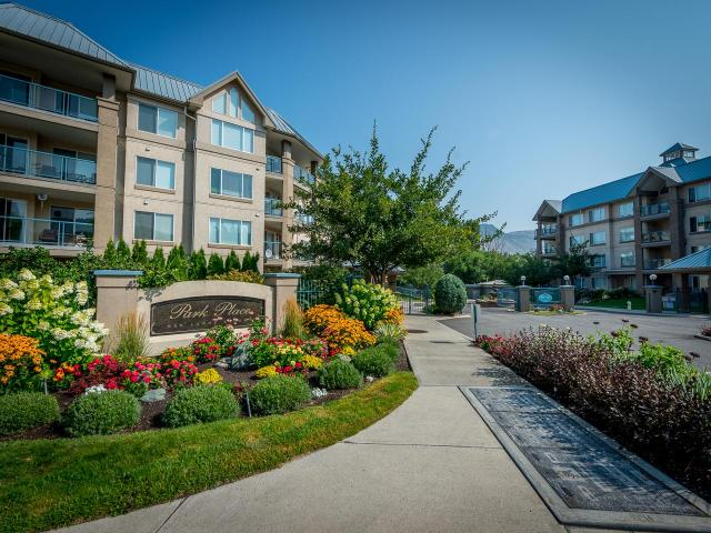 101-950 LORNE STREET, Kamloops, 1 bed, 1 bath, at $314,900