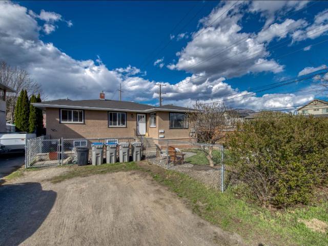 1604 GREENFIELD AVE, Kamloops, 4 bed, 2 bath, at $449,900