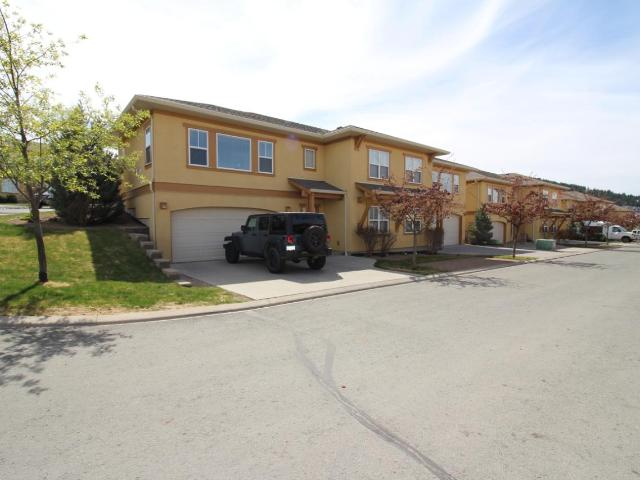 1055 ABERDEEN DRIVE, Kamloops, 3 bed, 3 bath, at $449,900