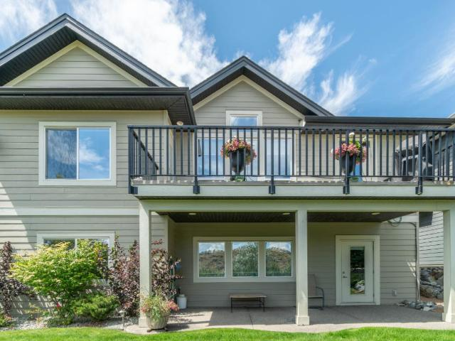 556 STONERIDGE CRES, Kamloops, 4 bed, 3 bath, at $729,000