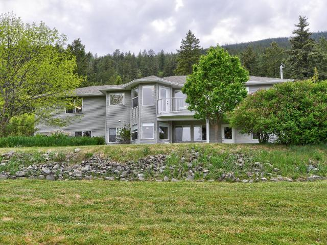 8683 WESTSYDE ROAD, Kamloops, 4 bed, 3 bath, at $599,900