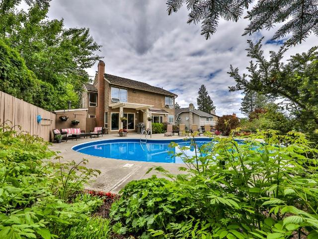1885 CATHEDRAL CRT, Kamloops, 6 bed, 4 bath, at $824,900