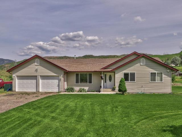 3572 YELLOWHEAD HIGHWAY, Barriere, 3 bed, 2 bath, at $435,000