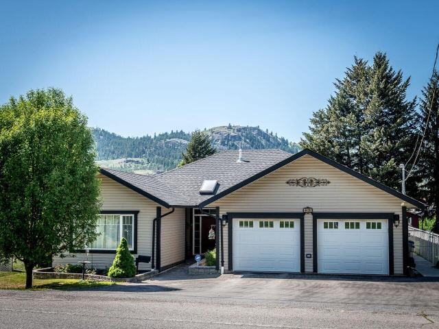 4435 YELLOWHEAD HIGHWAY, Kamloops, 4 bed, 3 bath, at $589,900