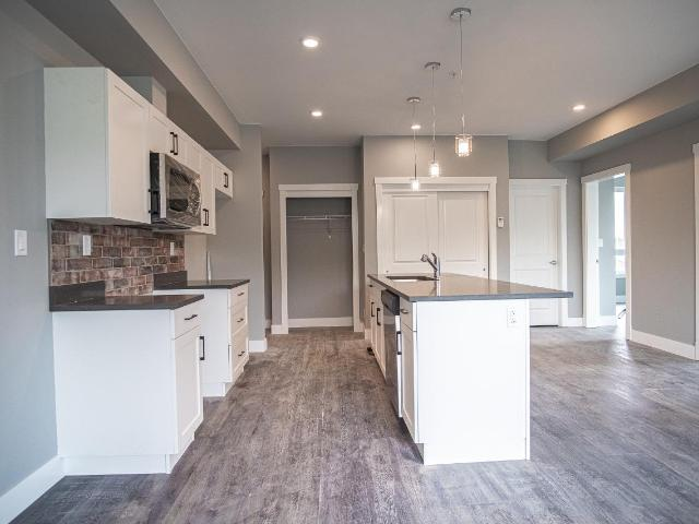 280 TRANQUILLE ROAD, Kamloops, 2 bed, 1 bath, at $299,900