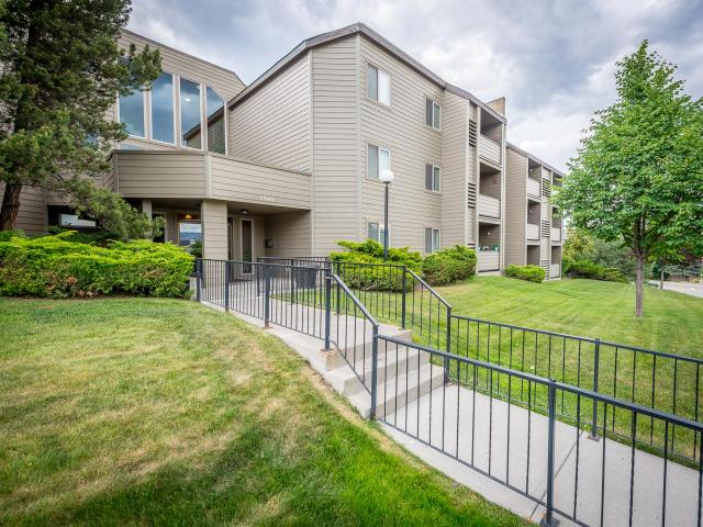 1560 SUMMIT DRIVE, Kamloops, 2 bed, 1 bath, at $186,800