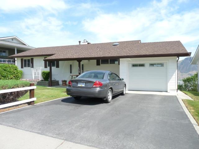 176 ARROWSTONE DRIVE, Kamloops, 4 bed, 4 bath, at $595,000
