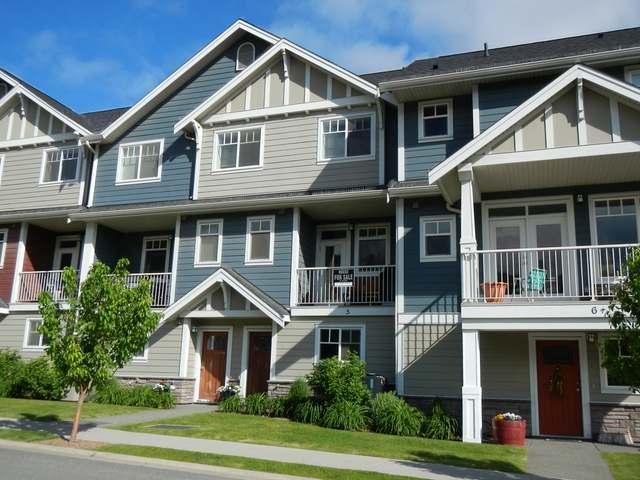 2860 VALLEYVIEW DRIVE, Kamloops, 3 bed, 3 bath, at $354,900