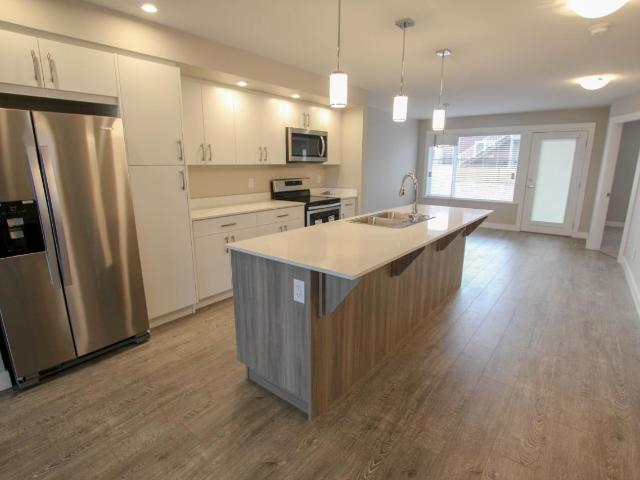 8800 DALLAS DRIVE, Kamloops, 2 bed, 2 bath, at $419,900