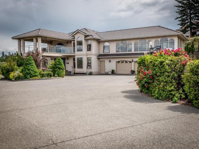 1105 ST ANDREWS WAY, Kamloops, 8 bed, 6 bath, at $1,160,000