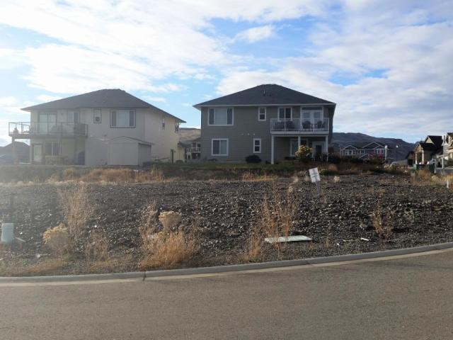 979 QUAILS ROOST COURT, Kamloops, at $268,000