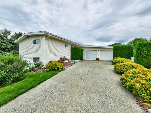 180 MOUNTVIEW DRIVE, Kamloops, 5 bed, 2 bath, at $439,000