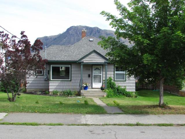 1222 NICOLA STREET, Kamloops, 2 bed, 1 bath, at $399,900