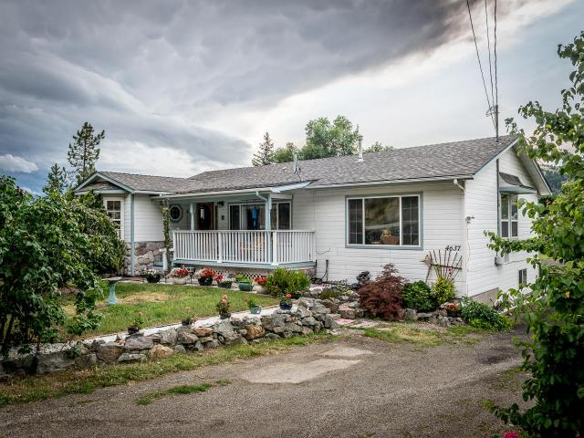 4637 YELLOWHEAD HIGHWAY, Kamloops, 3 bed, 3 bath, at $428,800
