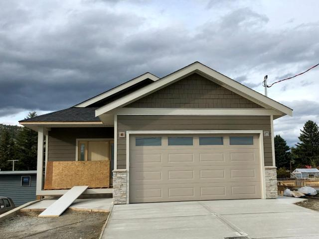 744 LYNE ROAD, Kamloops, 6 bed, 3 bath, at $609,000