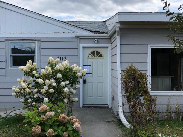 1113 SELKIRK AVE, Kamloops, 4 bed, 2 bath, at $409,900