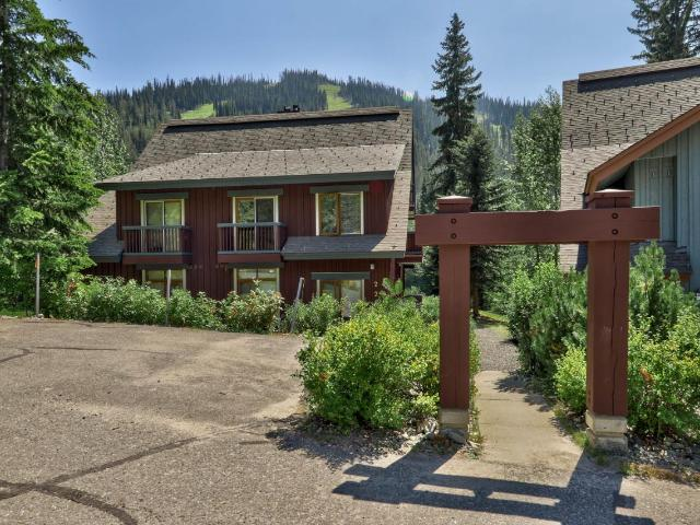2140 SUN PEAKS ROAD, Kamloops, 3 bed, 2 bath, at $575,000