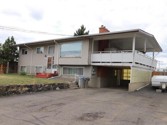 1061 7TH STREET, Kamloops, 5 bed, 2 bath, at $499,000