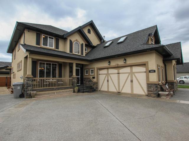 965 ARLINGTON CRT, Kamloops, 7 bed, 5 bath, at $849,900