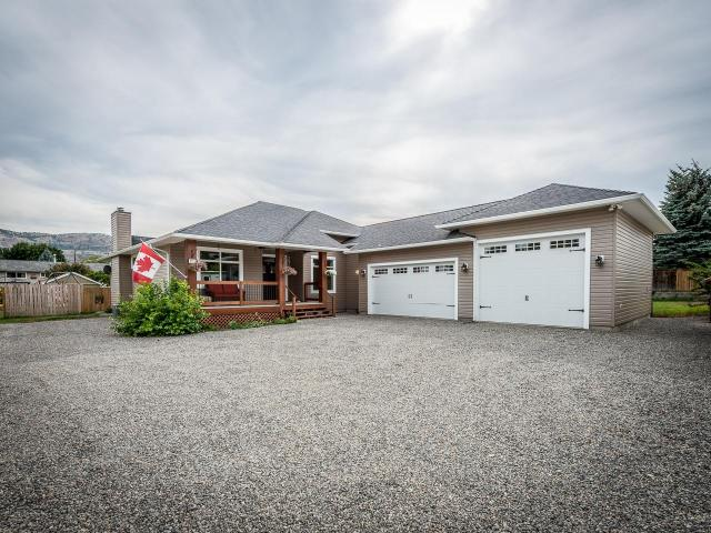 2333 BOSSERT AVE, Kamloops, 7 bed, 4 bath, at $699,900