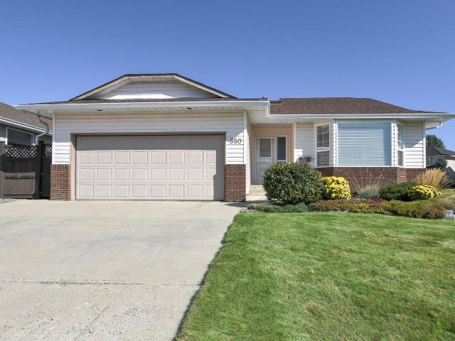 350 TUXFORD DRIVE, Kamloops, 5 bed, 3 bath, at $599,900