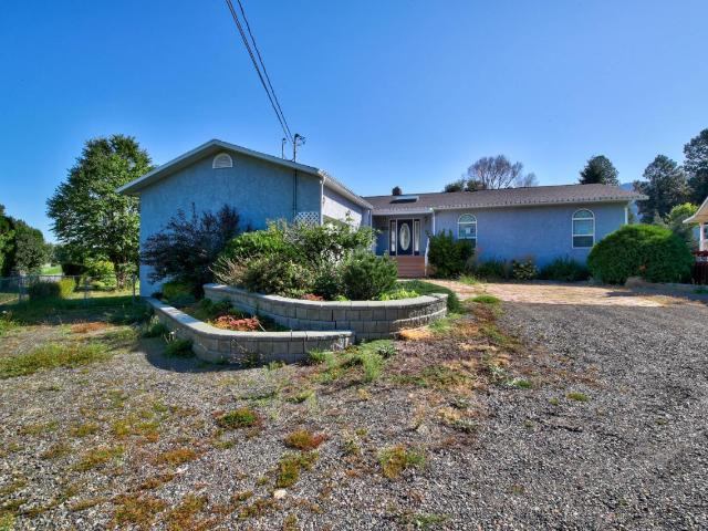 4832 BEACHVIEW PLACE, Kamloops, 5 bed, 3 bath, at $529,000