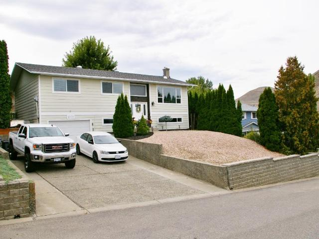 1575 GRIFFIN TERRACE, Kamloops, 3 bed, 2 bath, at $485,000