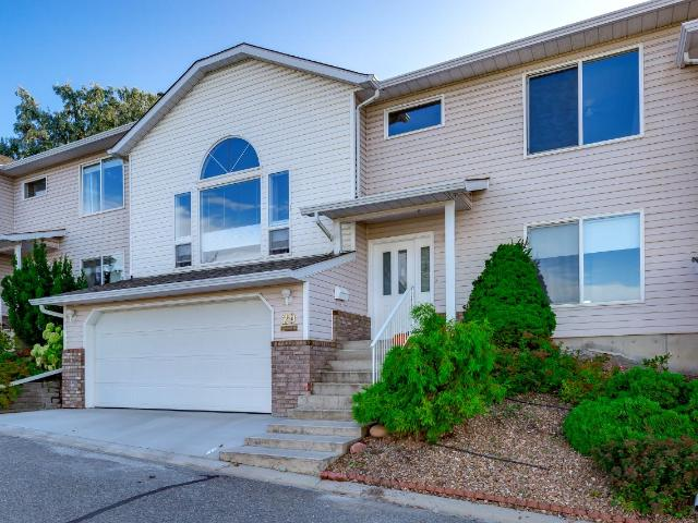 2022 PACIFIC WAY, Kamloops, 2 bed, 2 bath, at $359,900