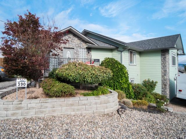 390 CENTRE AVE, Kamloops, 4 bed, 3 bath, at $549,900