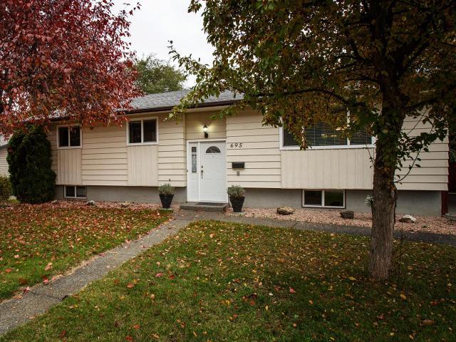 695 STEINKE PLACE, Kamloops, 4 bed, 2 bath, at $494,900
